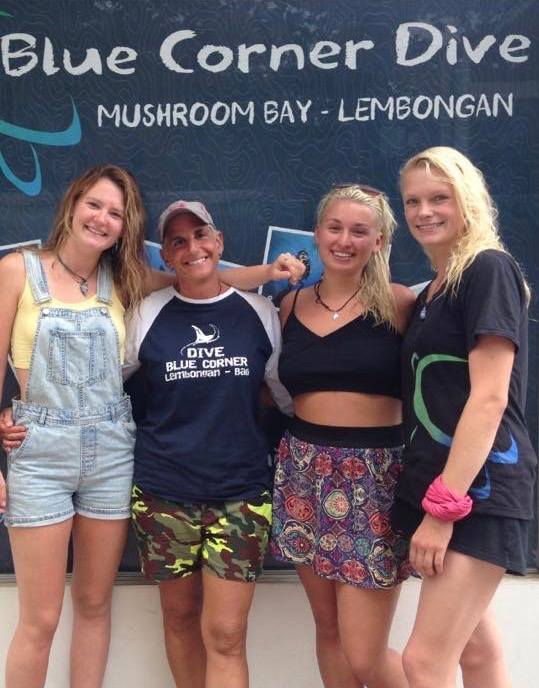 BCD Mushroom Dive Students .jpg
