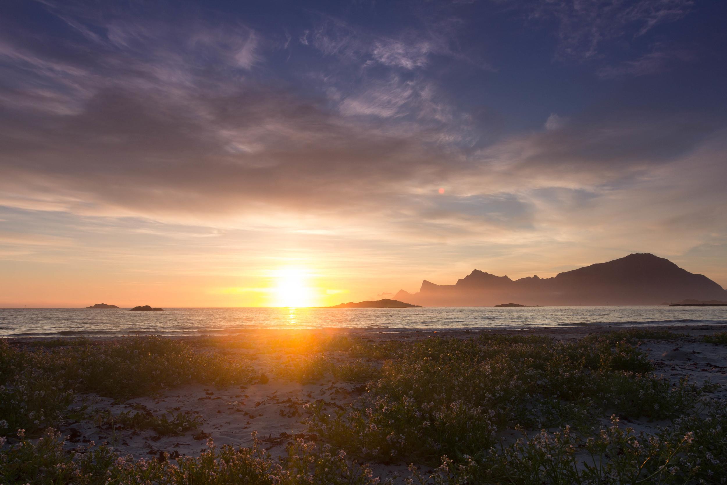Fredvang sunrise 2u30