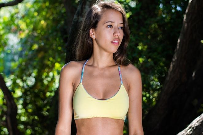 leina_swimwear_akane_fleuri_jaune.jpg