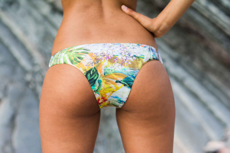 isis_tropical_leinaswimwear.jpg