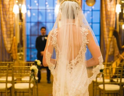 Black-Tie-Bride-Luxurious-Styled-Wedding-Inspiration-Shoot-by-Shhivika-Chauhan-023.jpg