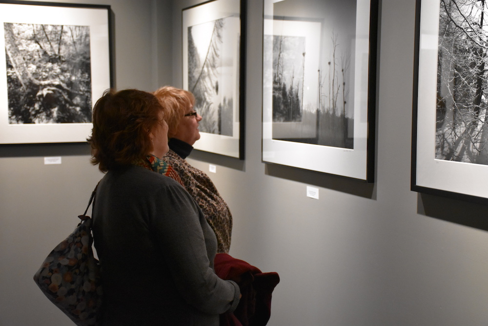 Black & white large and ultra-large landscape photography