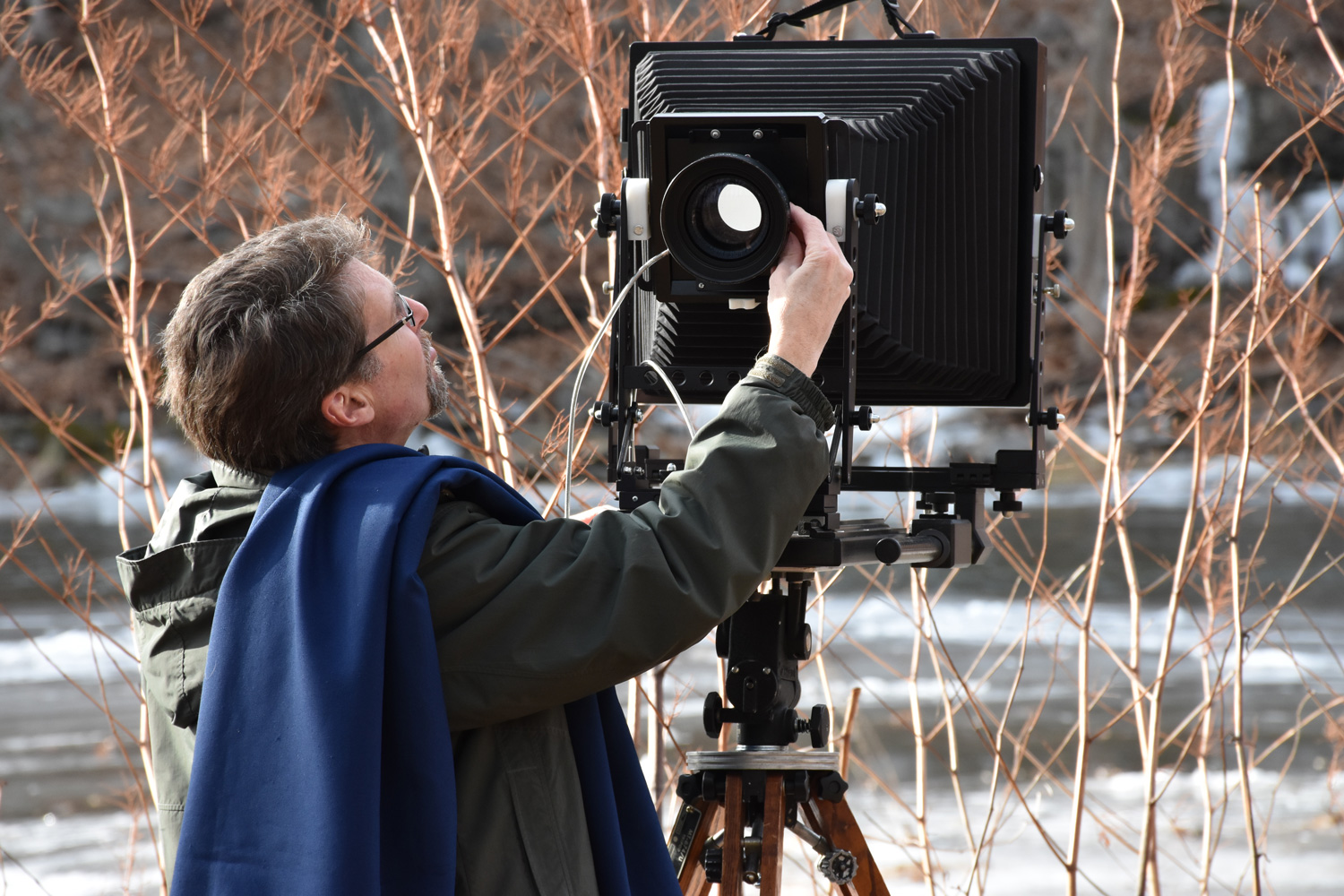 Working with the Earthlight 11x14 ultra large format film view camera.