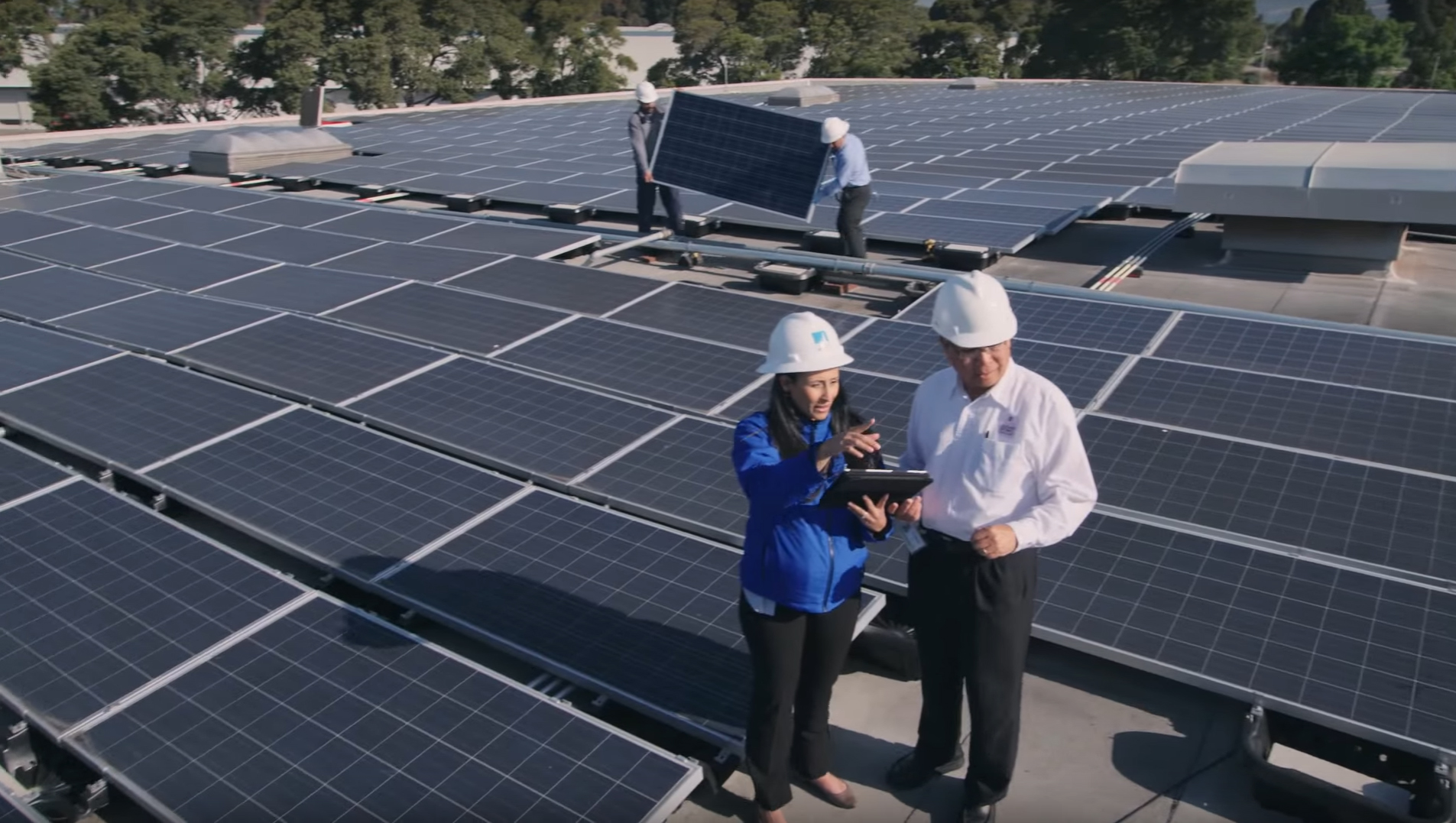 PG&E has connected more than 300,000 solar customers to the energy grid, representing about 25 percent of private rooftop solar in the country. PG&E connects about 5,000 new solar customers to the grid every month. PG&E connects new solar customers to the grid in three business days or less – compared to the industry average of four weeks. Additionally, PG&E's Solar Choice program offers a new way for PG&E customers to go solar – without installing rooftop solar panels. Through the program, residential and business customers can go solar by purchasing up to 100 percent of their electricity from solar energy generated in PG&E's service area.