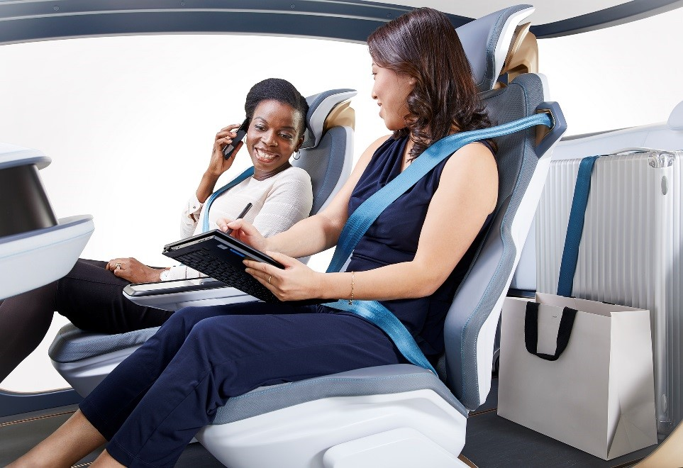 The AI18 cargo mode features convenient space options. The two seats in the first row provide a familiar level of comfort while the seat cushion in the back row retracts into the cargo area using an electric mechanism similar to a drawer. This provides additional space behind the front seats for easier access during short trips.