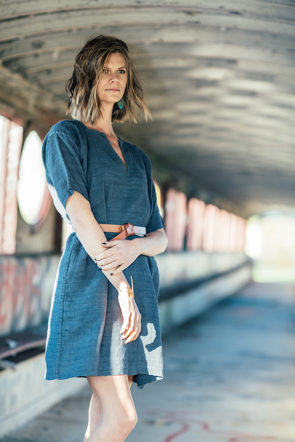 Closet Case Confessional Style Blogger, Dana Frost wearing the Short Sleeved Tunic Dress.