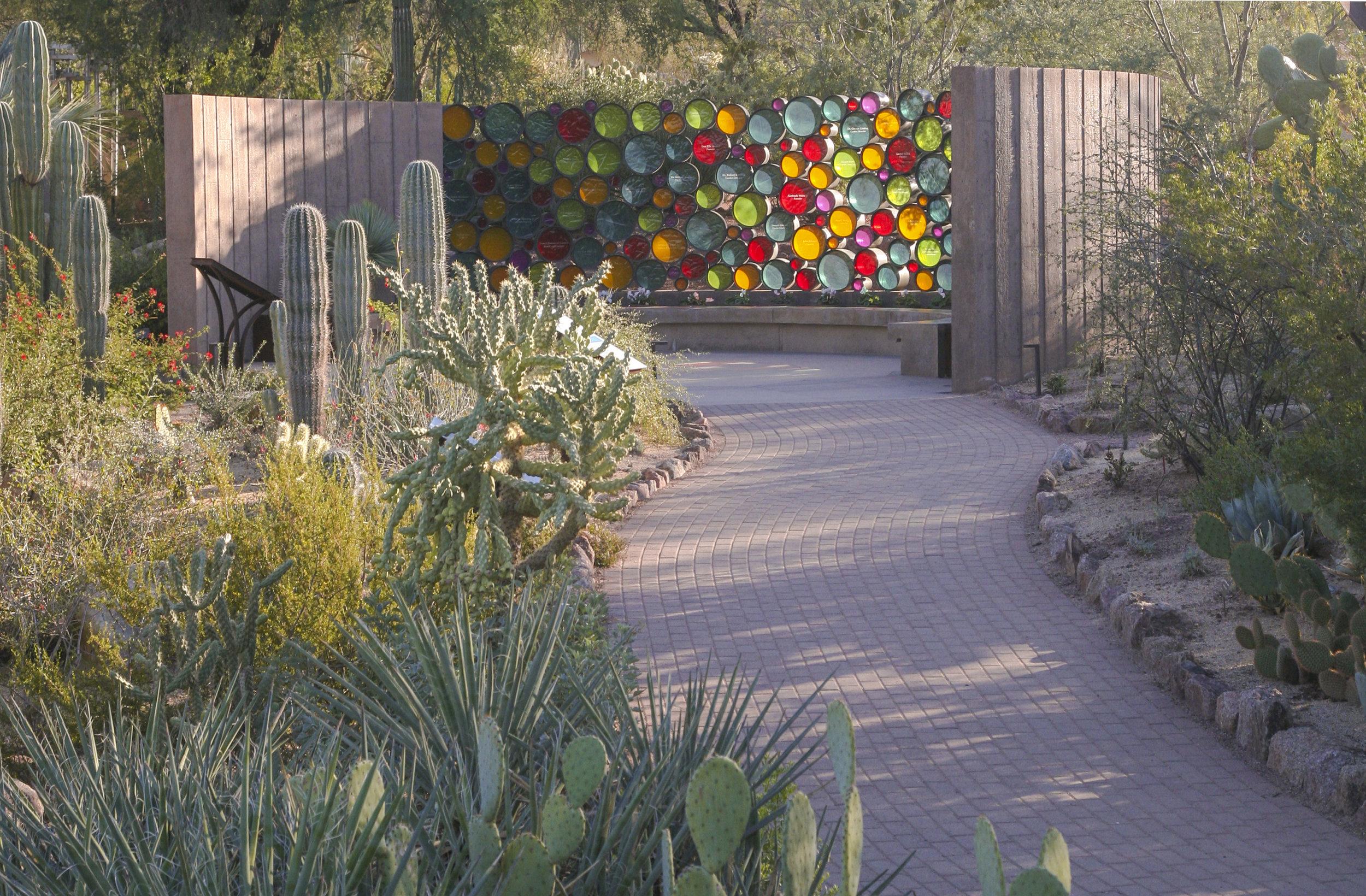 Desert Botanical Garden's Heritage Garden. Image Courtesy of Floor Associates