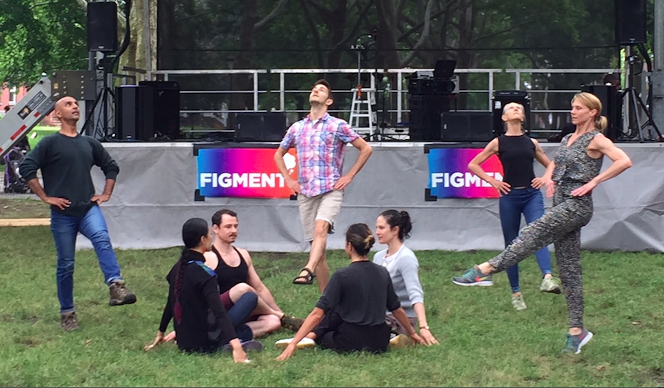Douglas Dunn + Dancers, Photo by Grazia Della-Terza, 2018.