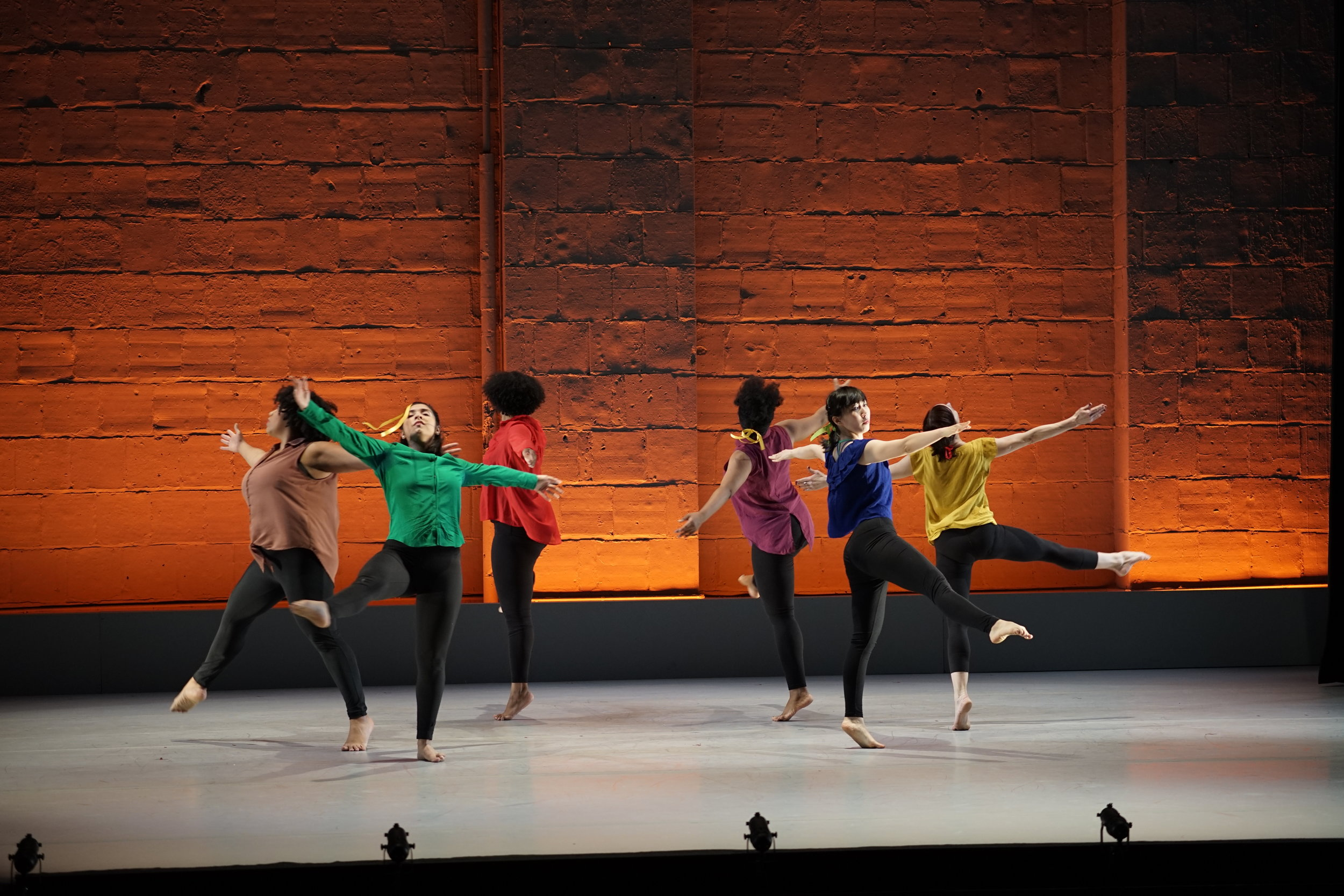 Dancers L to R: Nyasia Fraser, Jacqueline Ledesma, Jai Marie Williams, Trashina Arwanda Conner, Takako Amitani, Melanie Coats; Photo by Aman Cheung, 2019