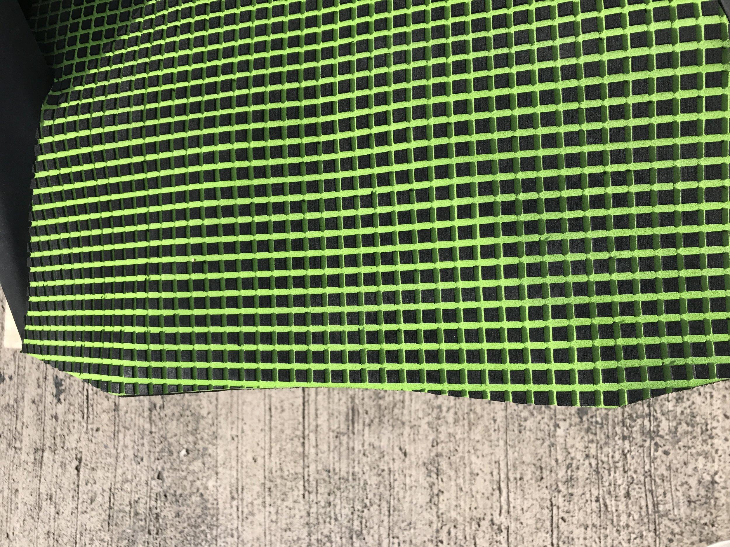 nitro tray hydroturf padding matting footholds (8).JPG