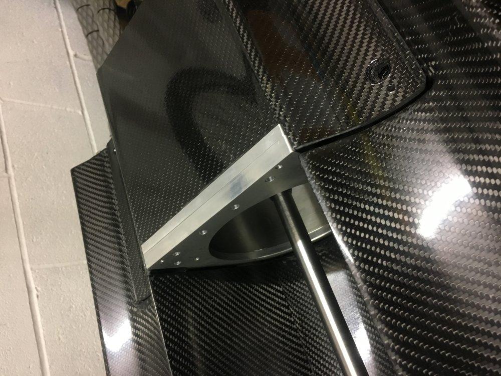 nitro pump tunnel carbon hull djr (4).jpeg