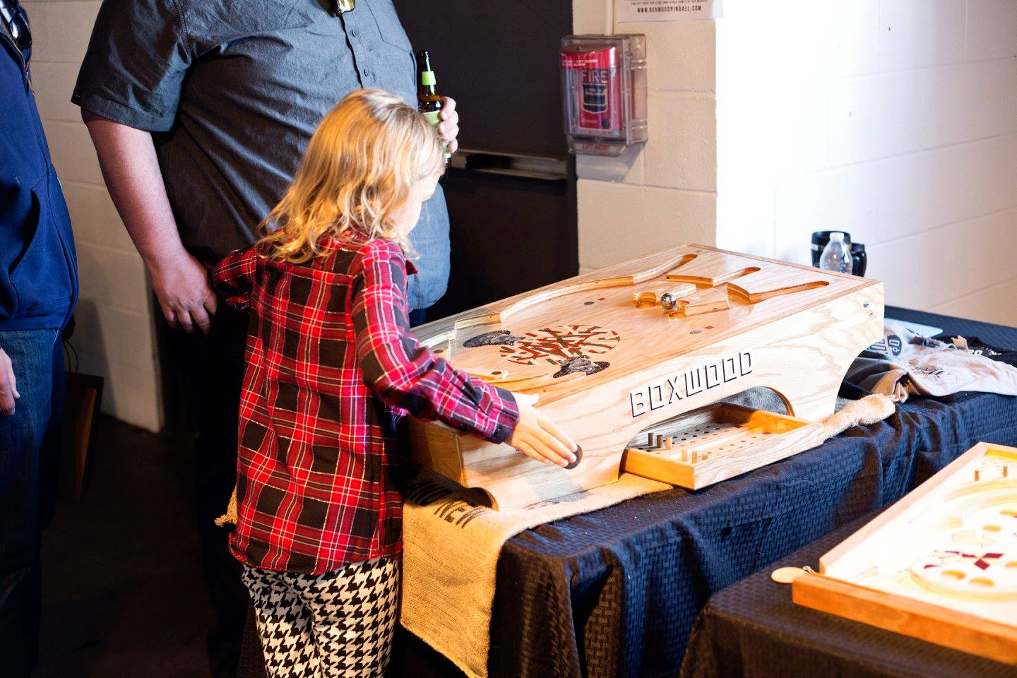 Boxwood Pinball  brought the fun to our Holiday Jackalope Art & Craft Fair in Denver!