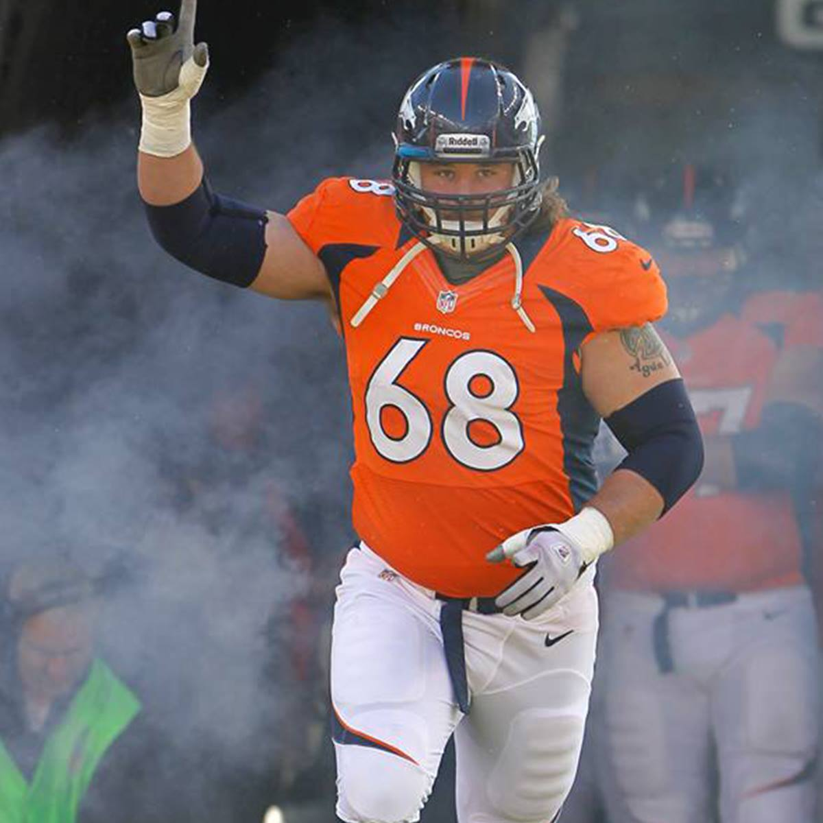 Zane Beadles with the Denver Broncos