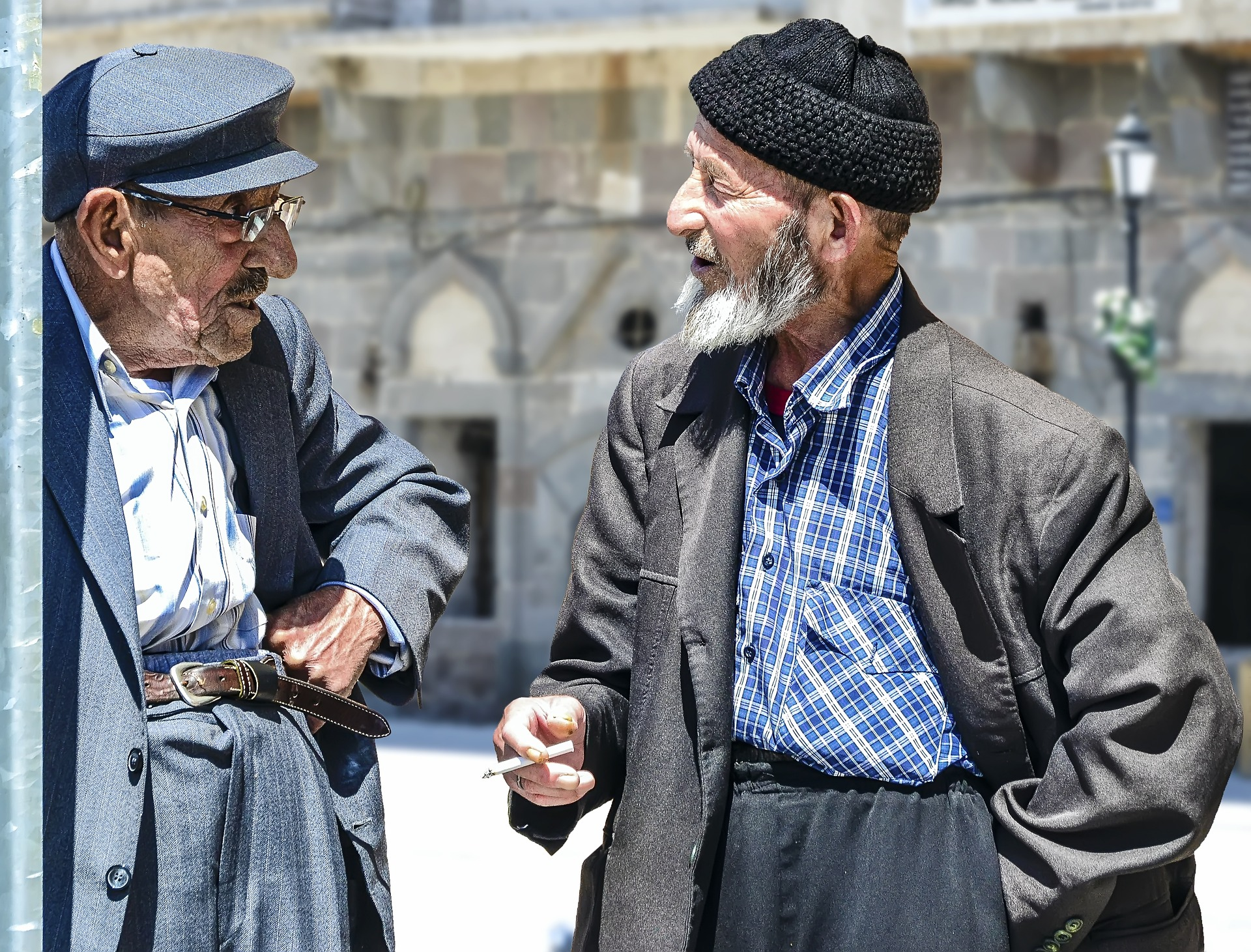 old-man-1739154_1920.jpg