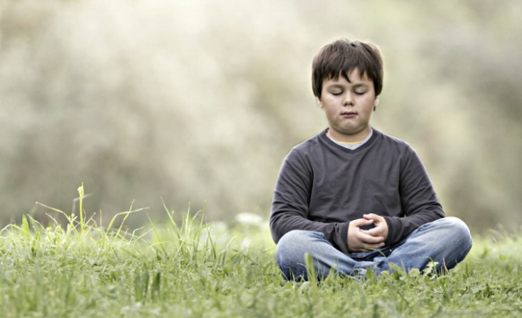 children-meditation-mindfulness-anxiety-family-istock_00005443aa-770x470.jpg