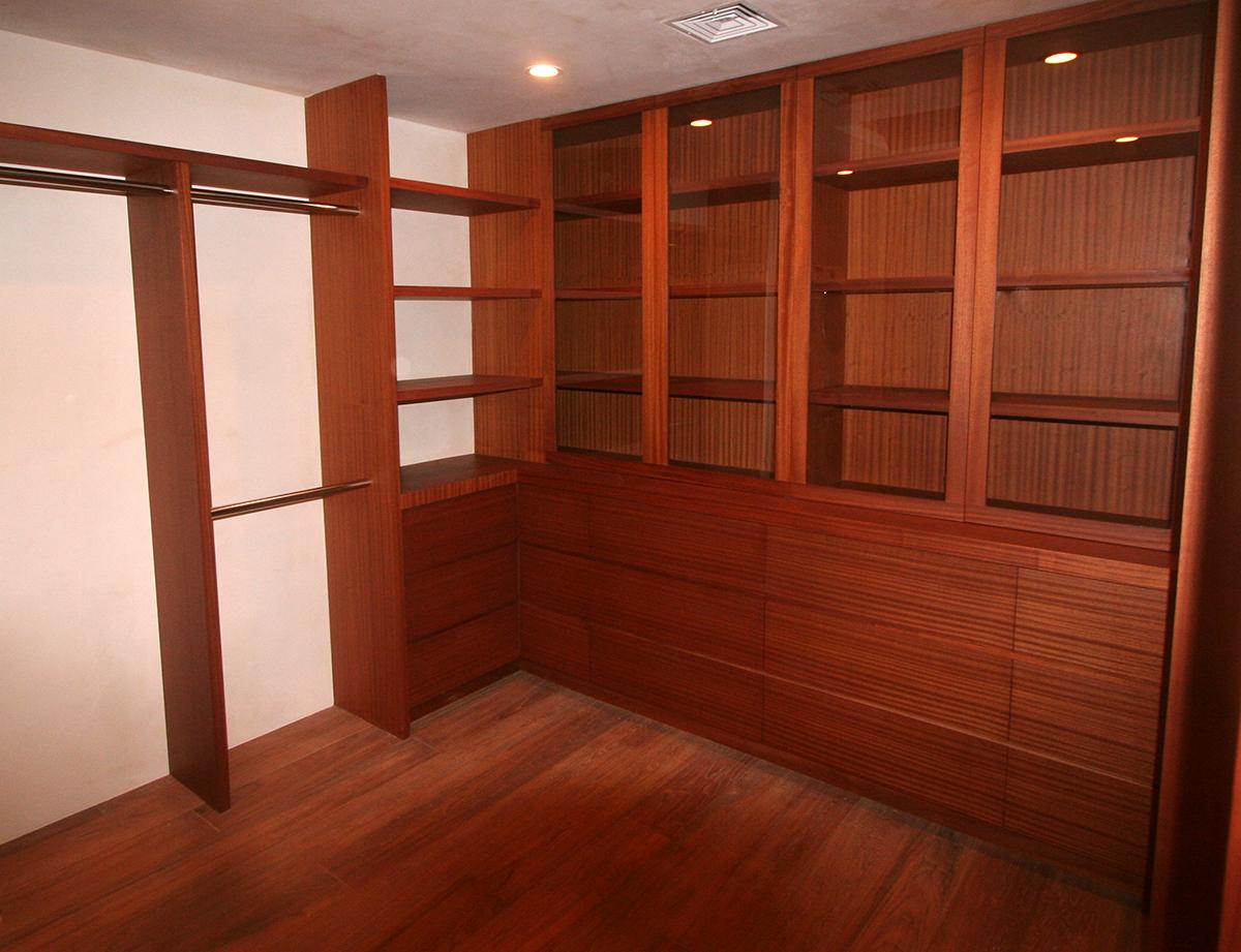 projects bb summers closet.JPG