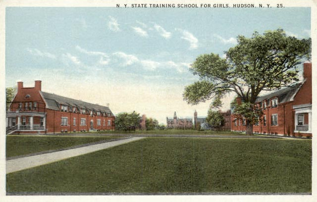 trainingschoolpostcard1.jpg