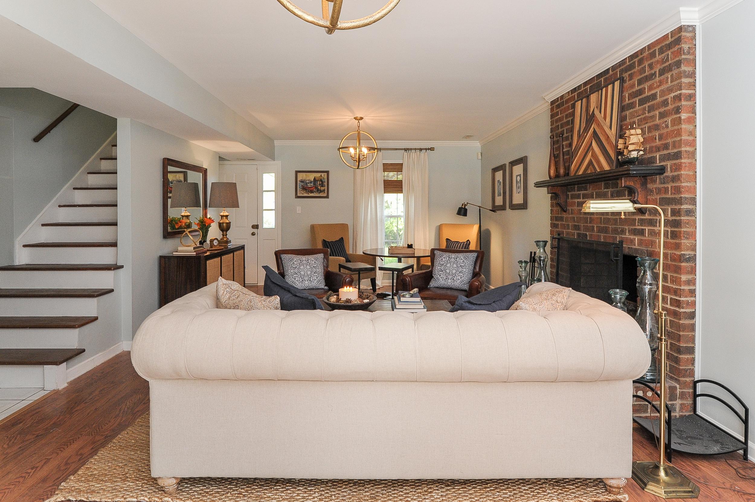 Artful Interiors - Bachelor Pad - Living Room 2