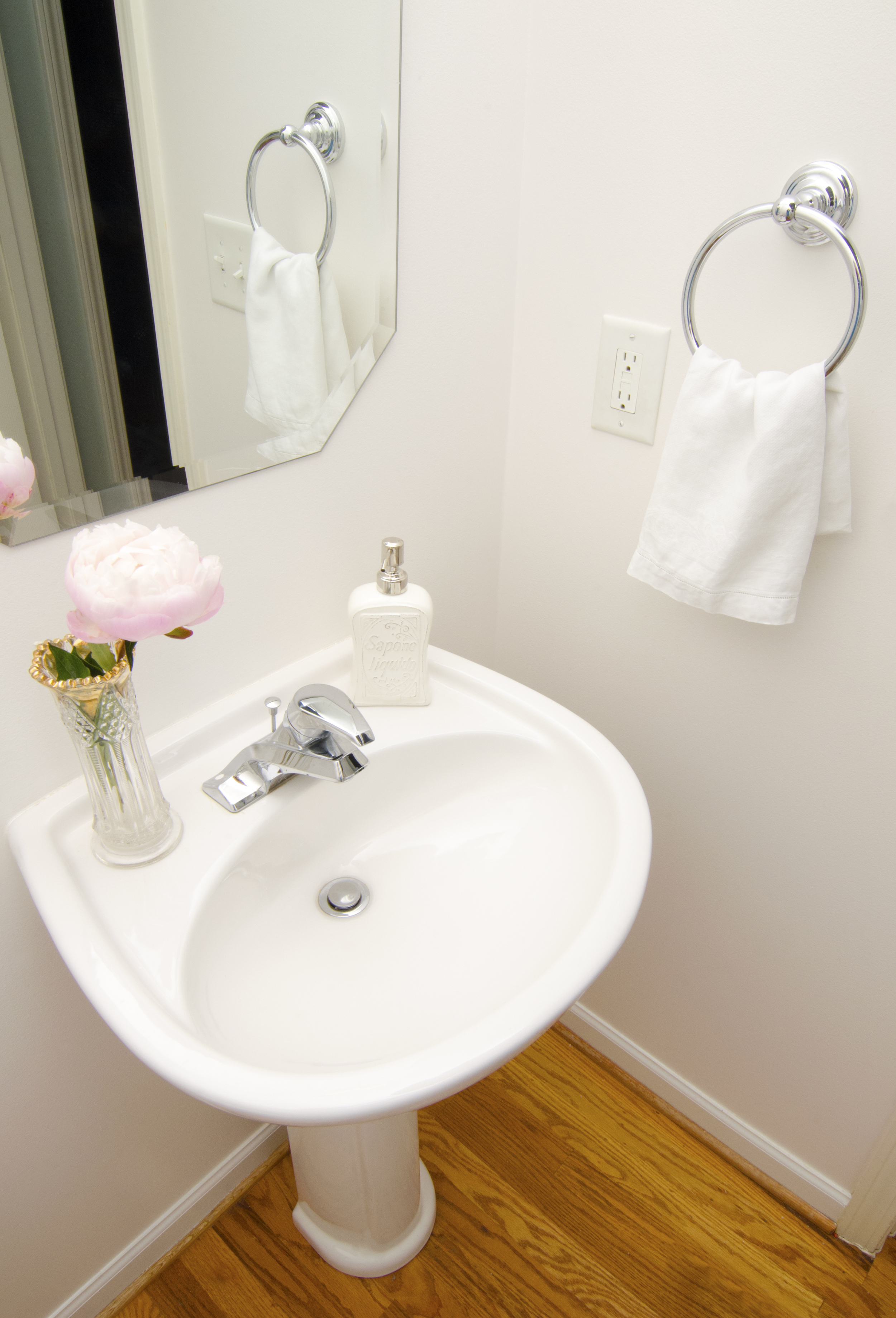 Artful Interiors – First Home - Bathroom