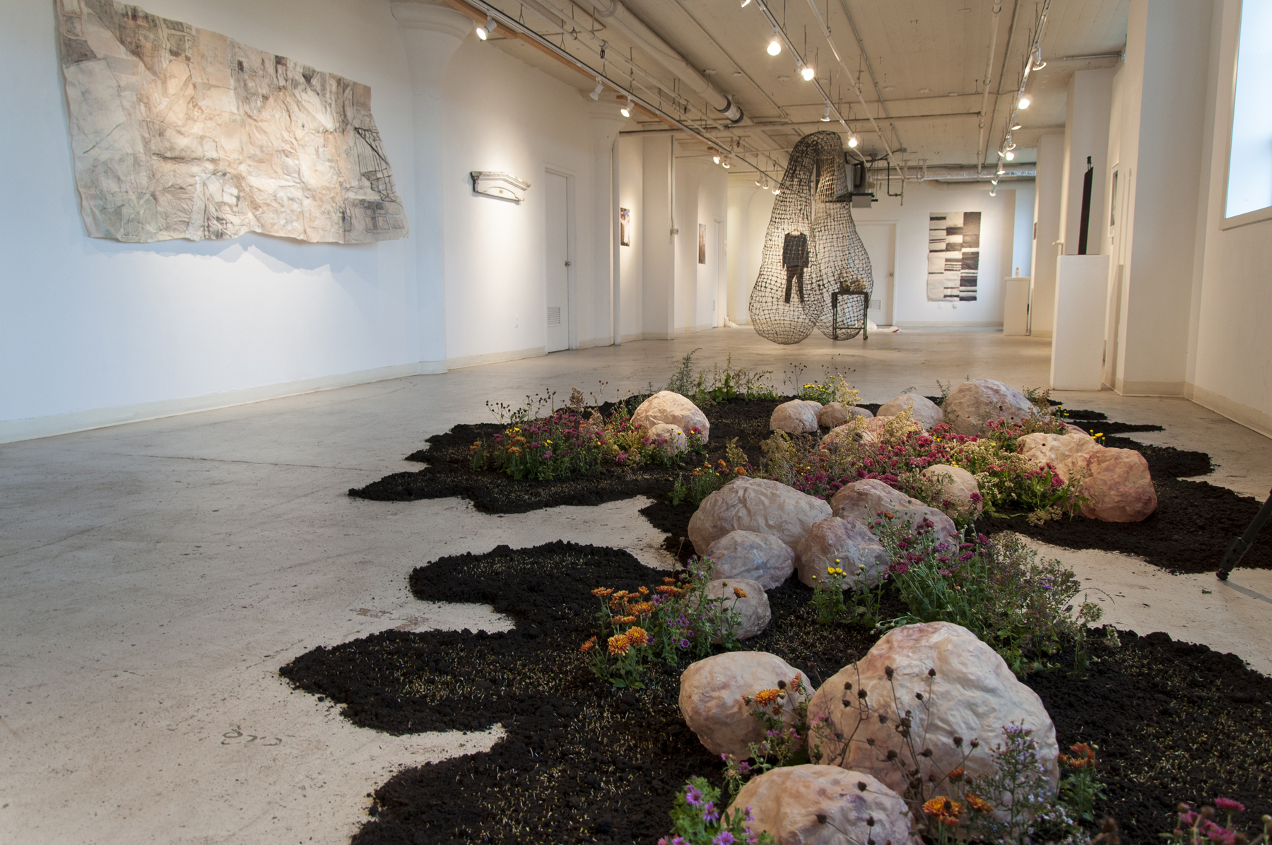 Yeonhee Cheong  Growth and Decay 2016 Abaca, soil, alfalfa, chrysanthemum