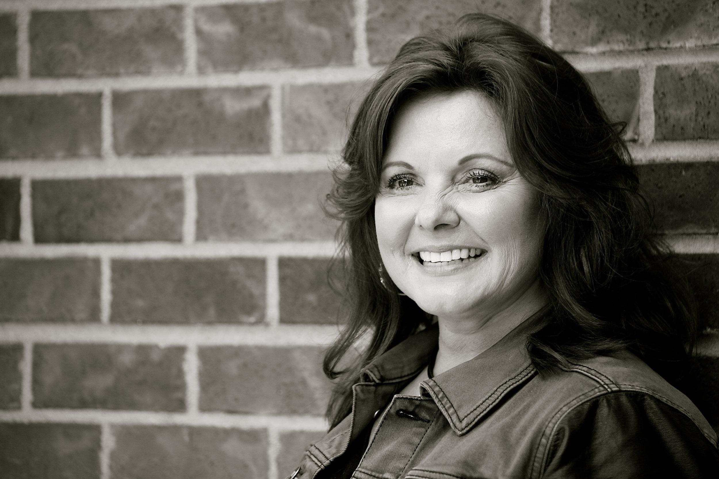 Faye Judson : Owner/ Stylist