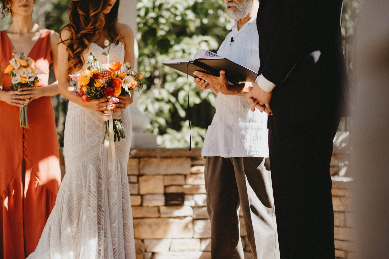 Bride and Groom get married in Bidwell Park