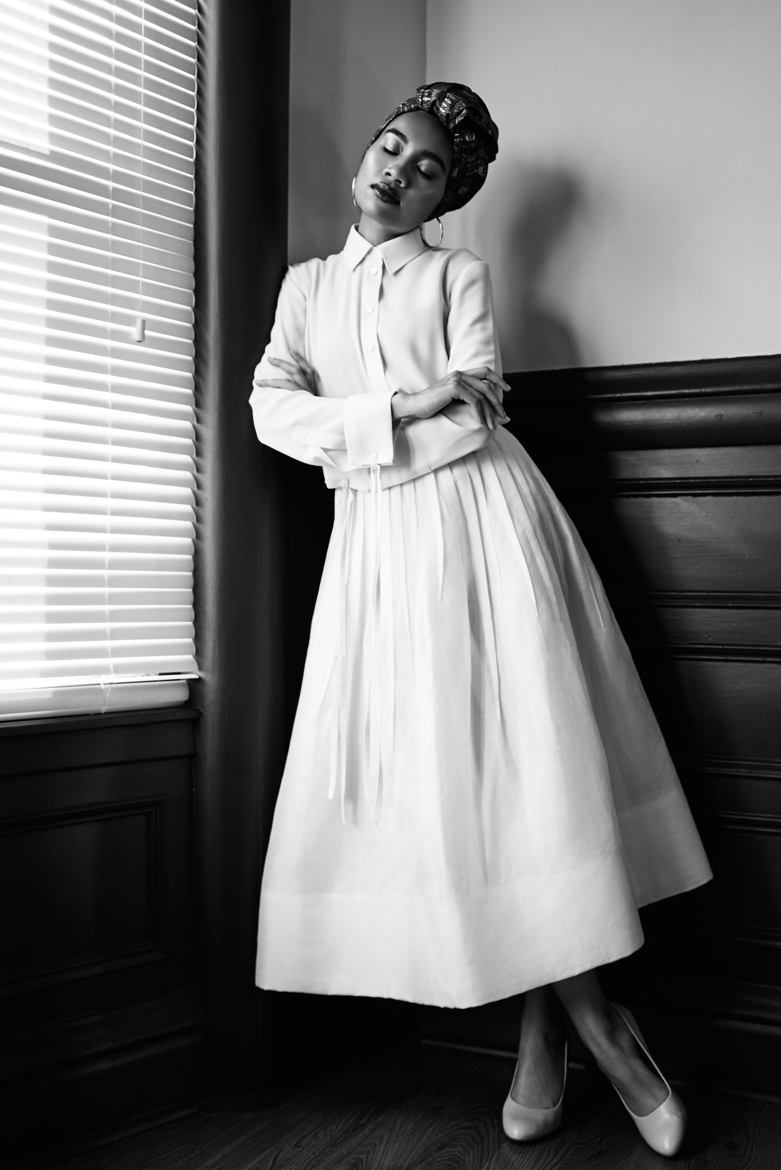 Top & skirt by   OSCAR DE LA RENTA  , Shoes STYLIST'S OWN
