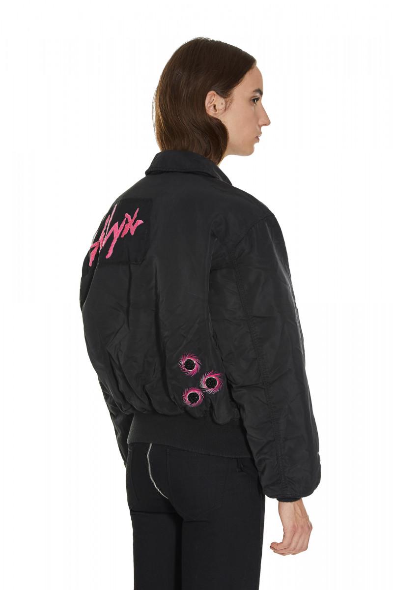 alyx-2300004155057-A2UOU0001A01-001-bomber-jacket-km20-2-800x1200.jpg