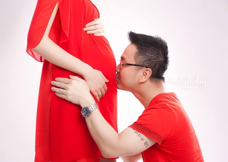 Chụp ảnh mẹ bầu. Ảnh: MAKI Baby