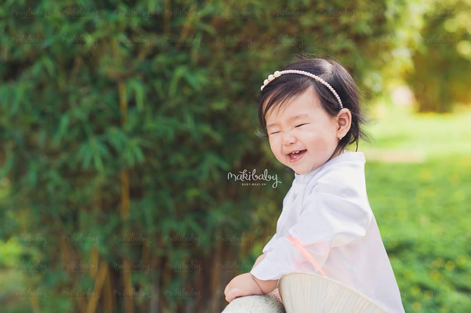 Chụp ảnh trẻ con. Ảnh: MAKI Baby