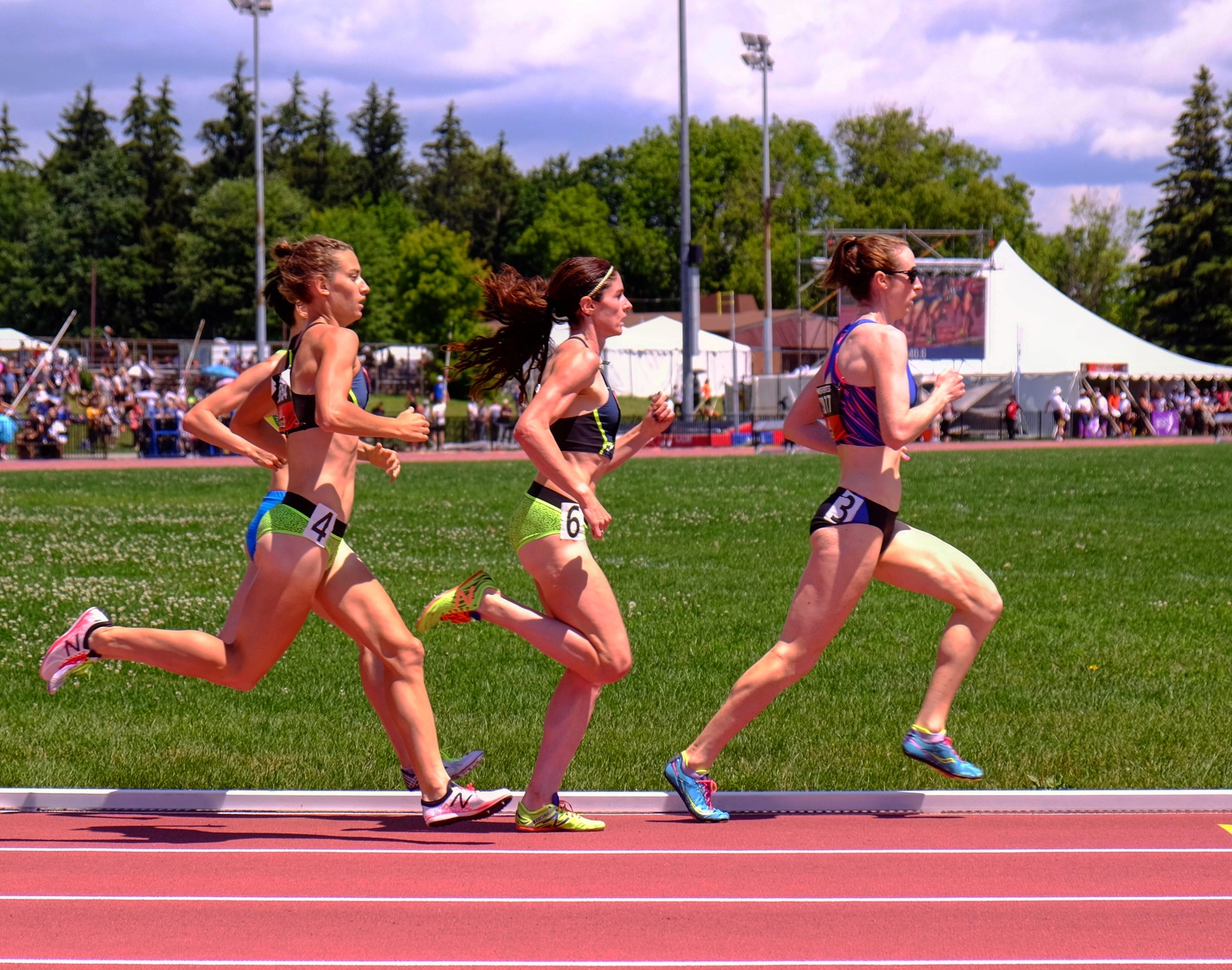 Running in the final at the 2017 Canadian Championships.