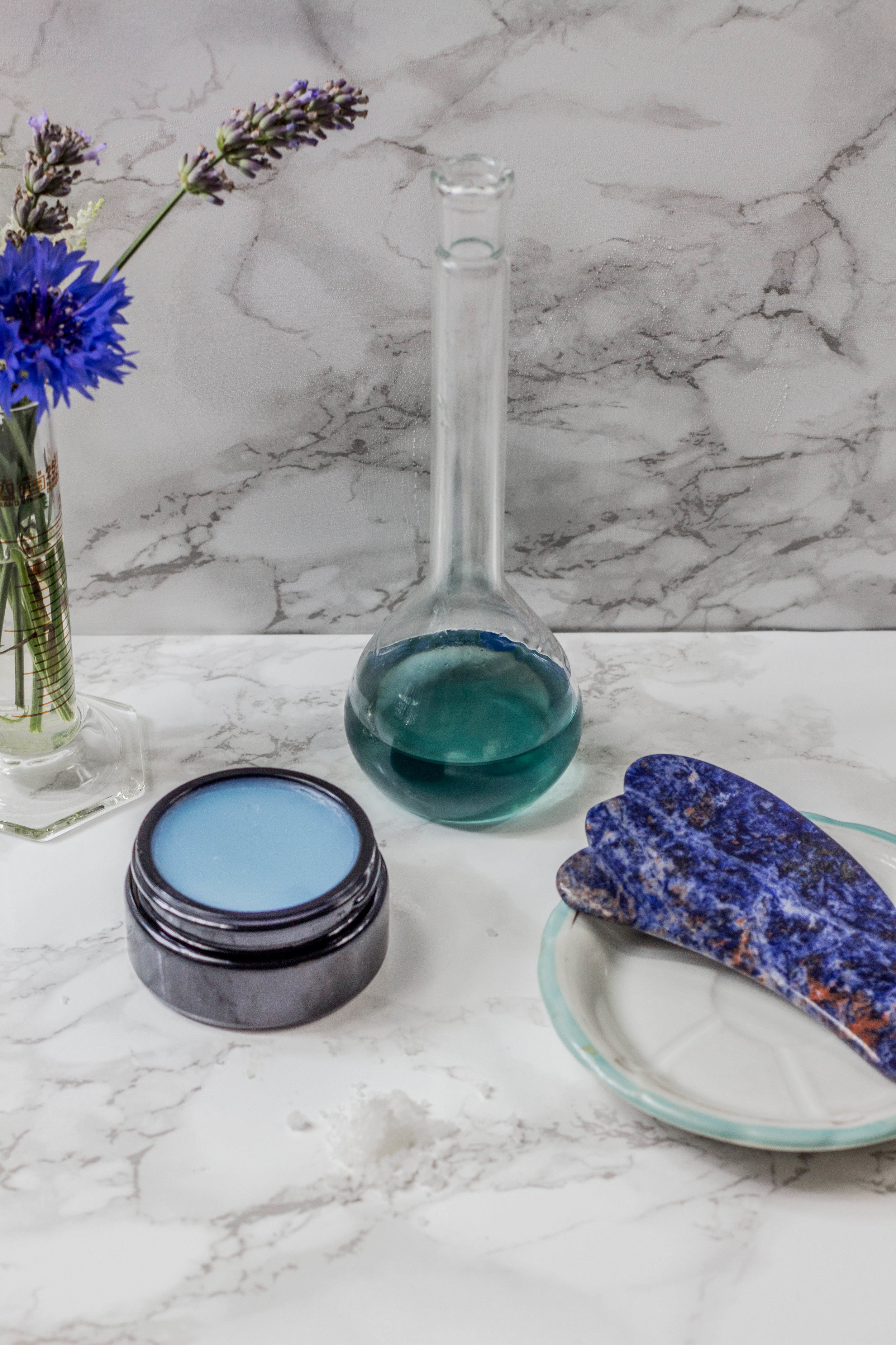 blå sodalit krops gua sha appelsinhud cellulite honest beauty talks challenge