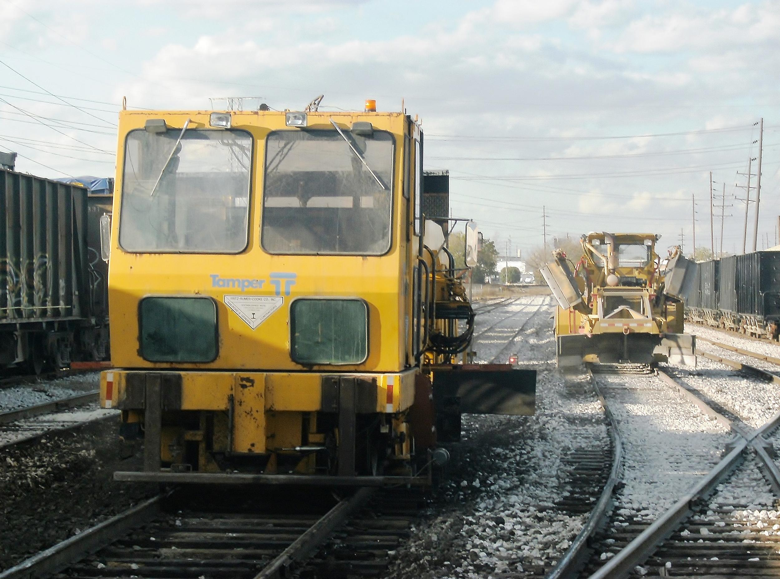 FRC surfacing yard tracks. Novemeber 2011.jpg