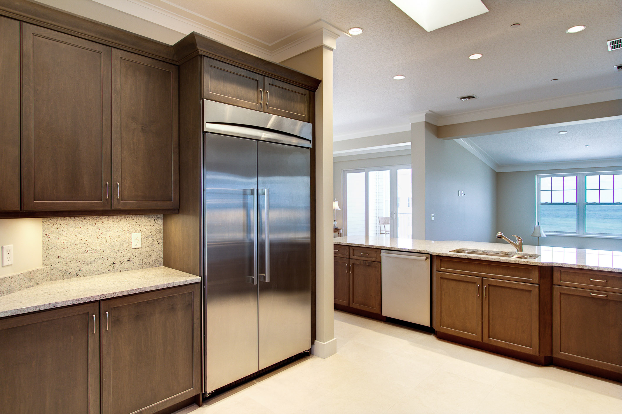 Kitchentoliving.jpg