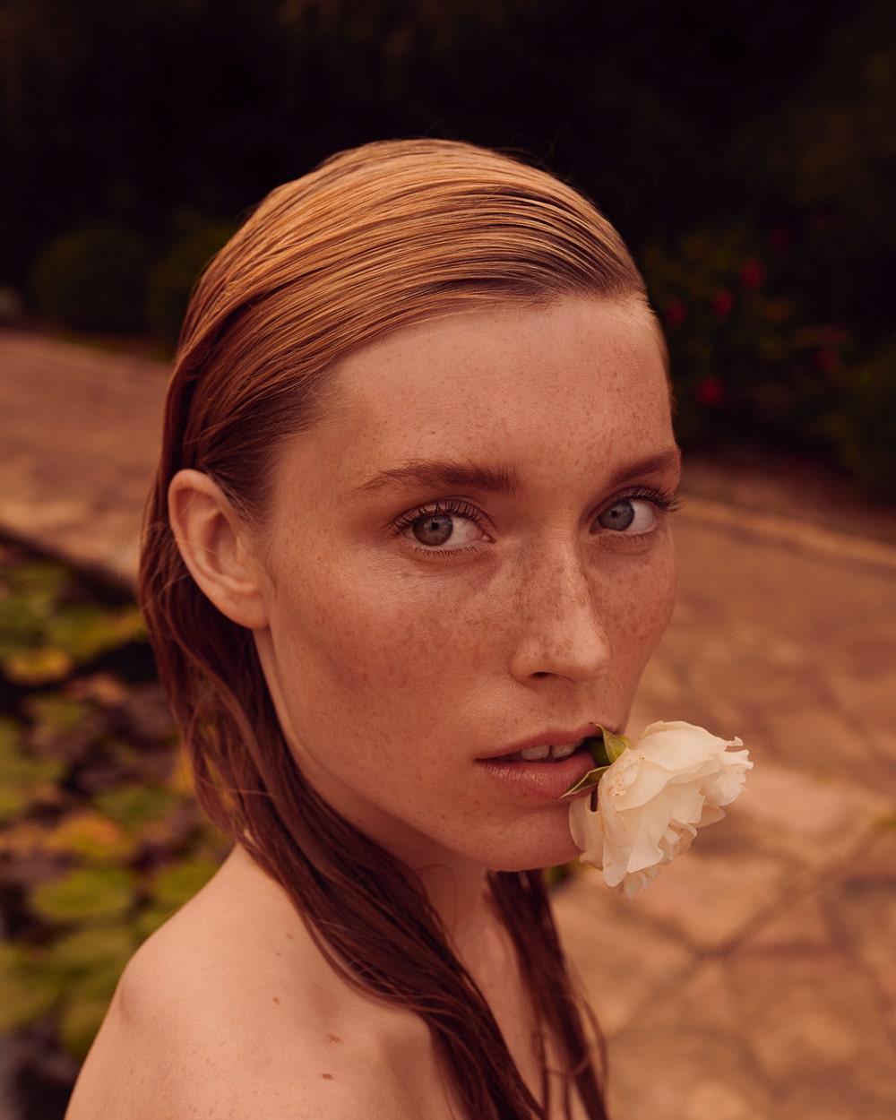 Caroline-Lossberg-Vogue-Portugal-Andreas-Ortner-8.jpg