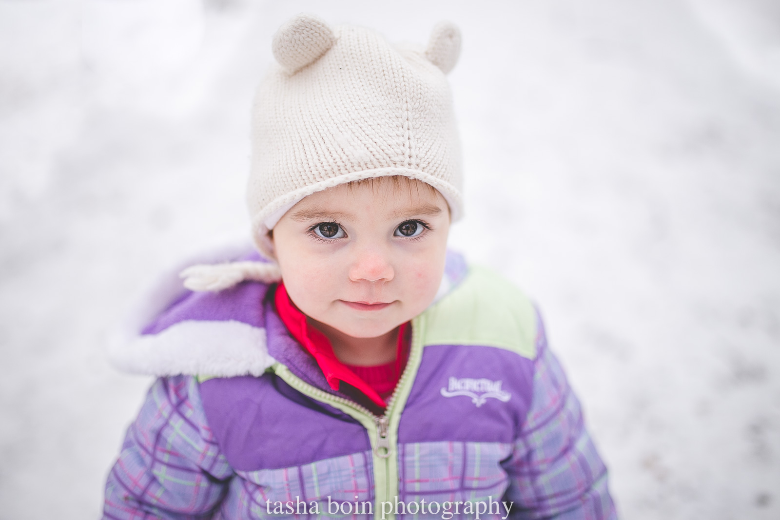 child-photography-in-the-snow-by-Tasha-Boin.jpg