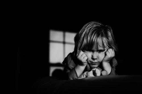 emotive-black-and-white-photography-16.jpg