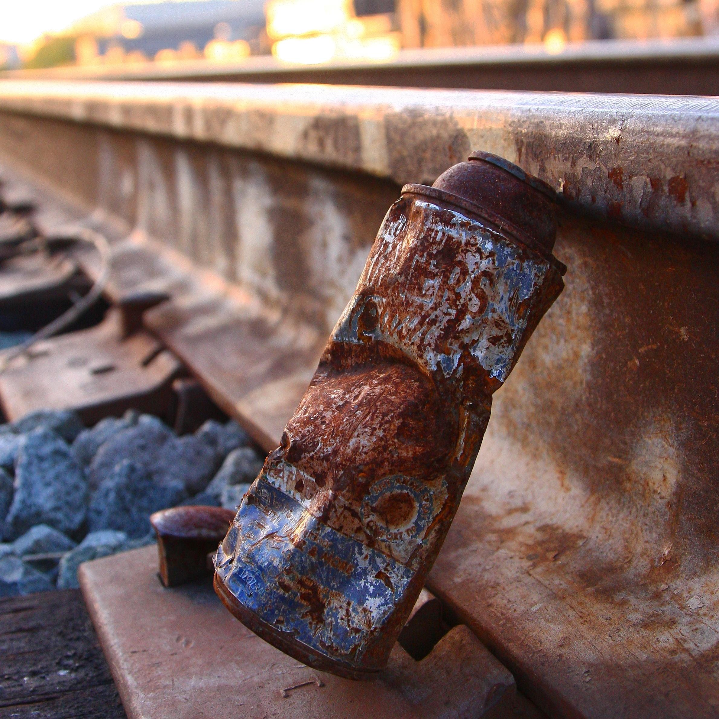Deadcan on Tracks.jpg