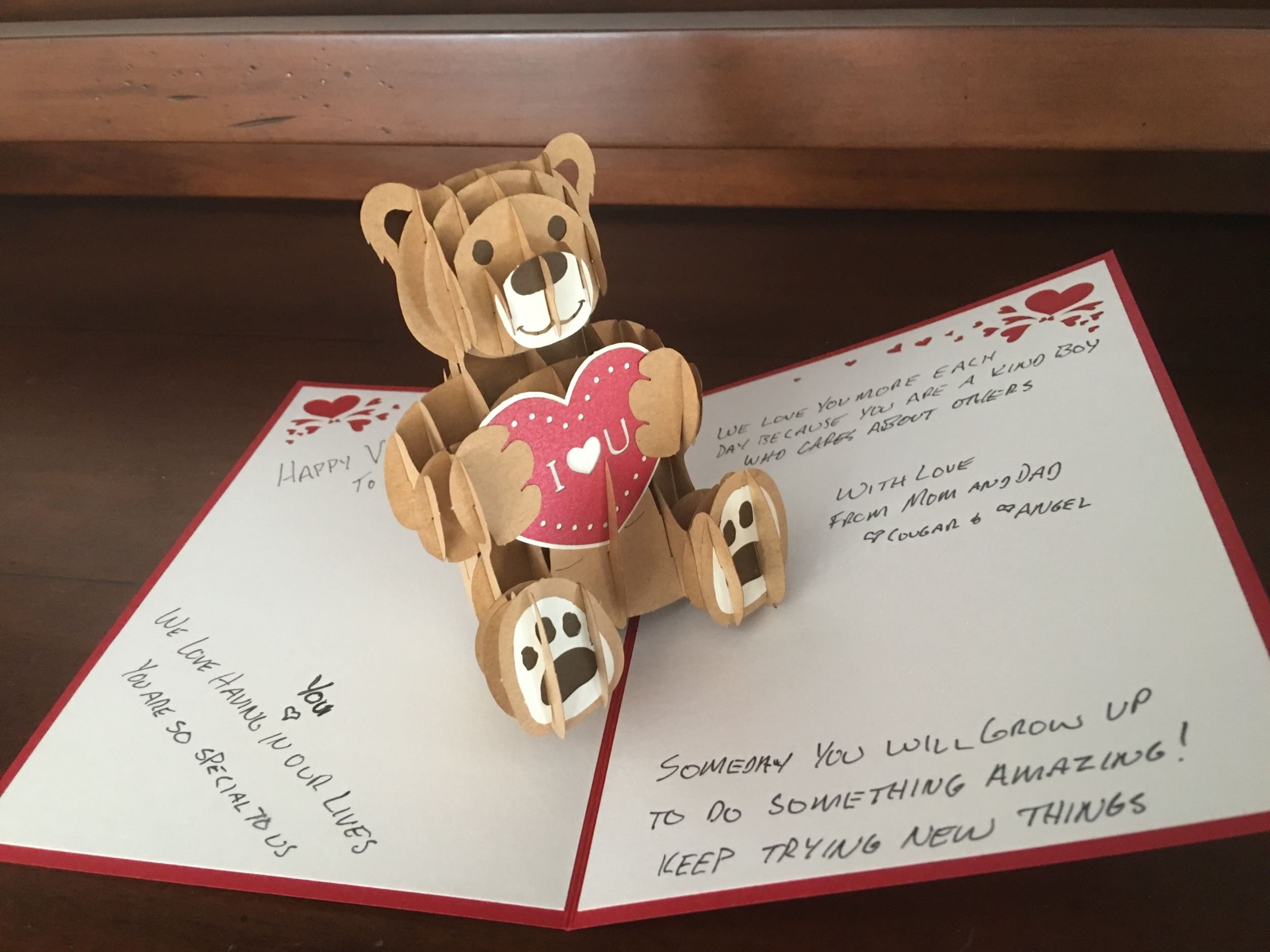 lovepopcards.com Beautiful later-cut cards for any occasion.