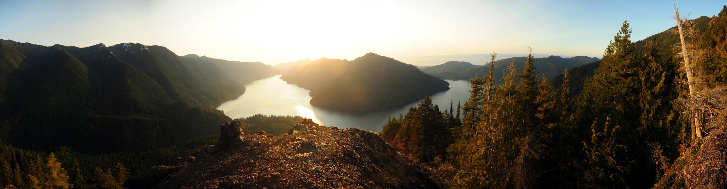Top of Mount Storm King 1 uncrop fix.jpg