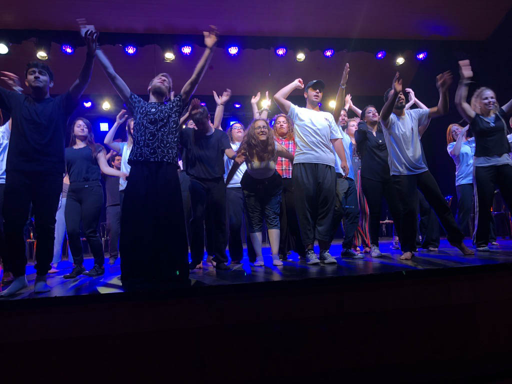 ASHTAR Youth at the Ramallah Municipal Theatre