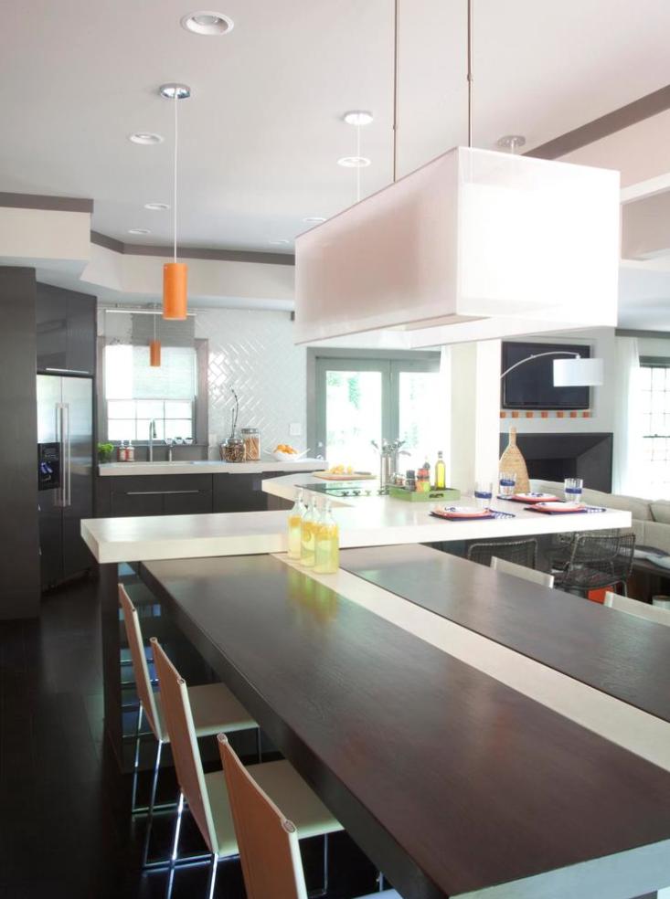 Modern Kitchen, HGTV's Elbow Room Season 1