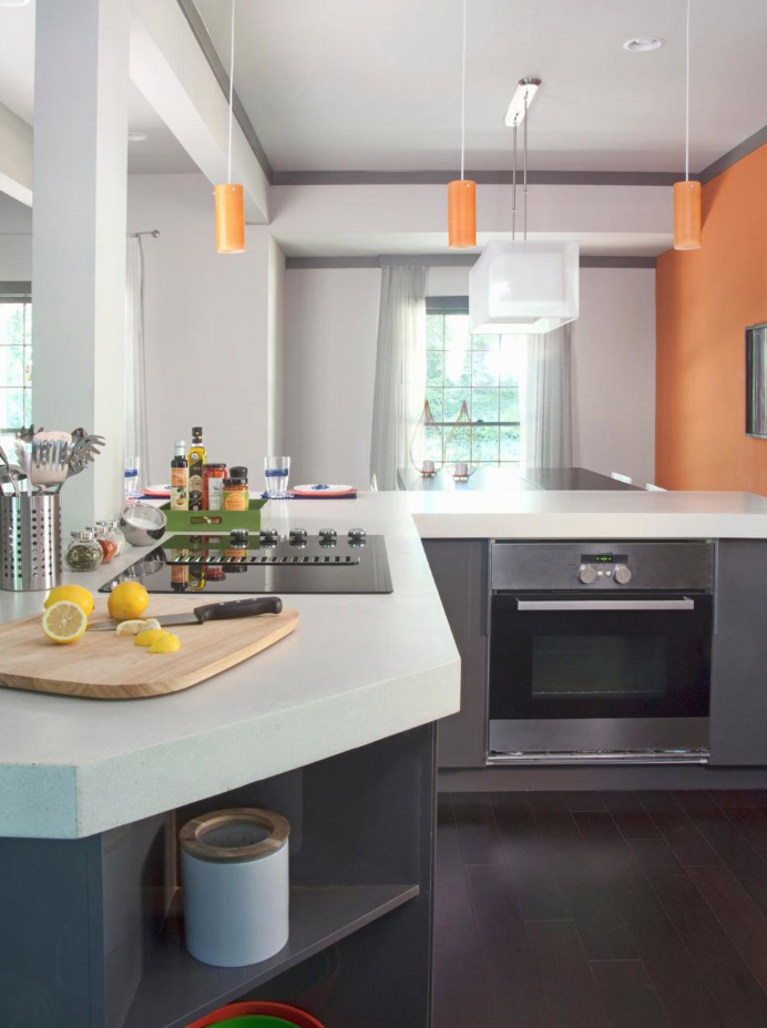 Modern Kitchen, HGTV's Elbow Room Season 2