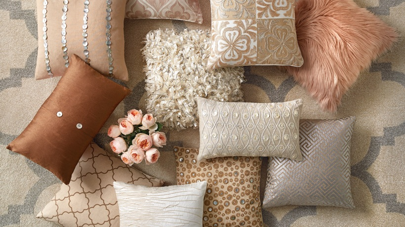 Glam Pillows for THD