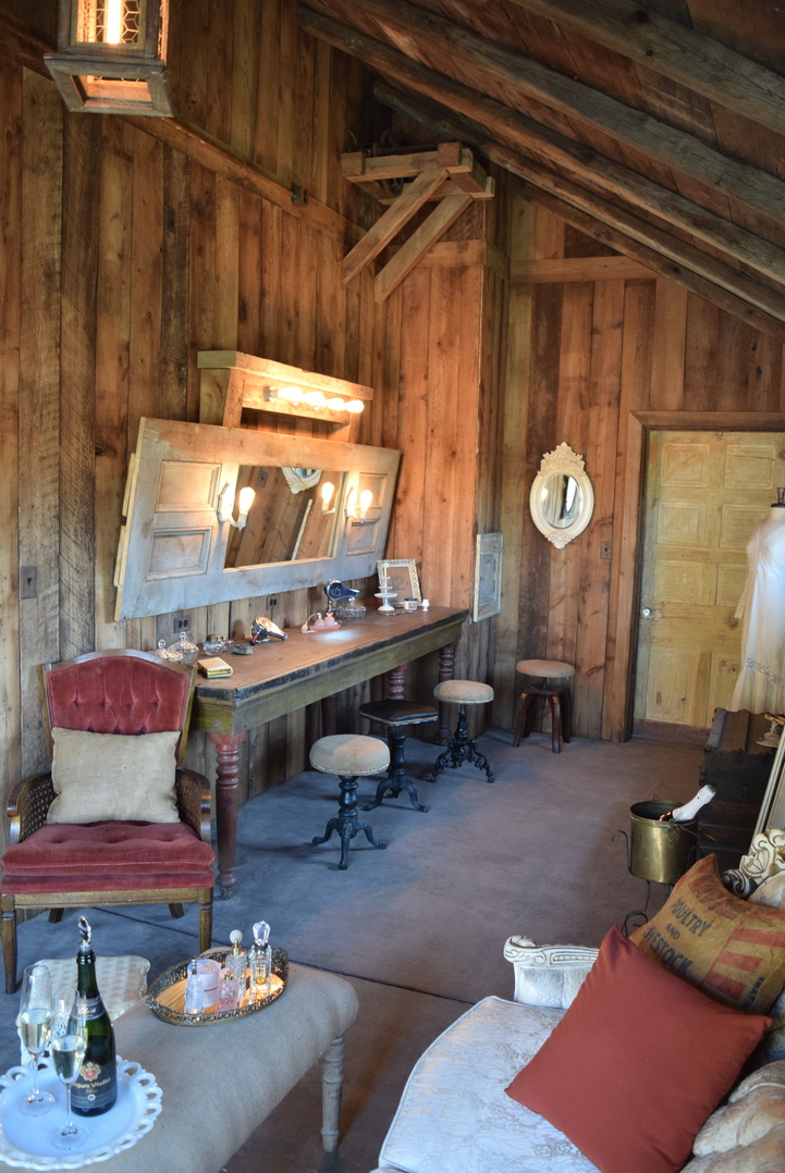 Event Barn, Indiana; Ladies' Dressing Room