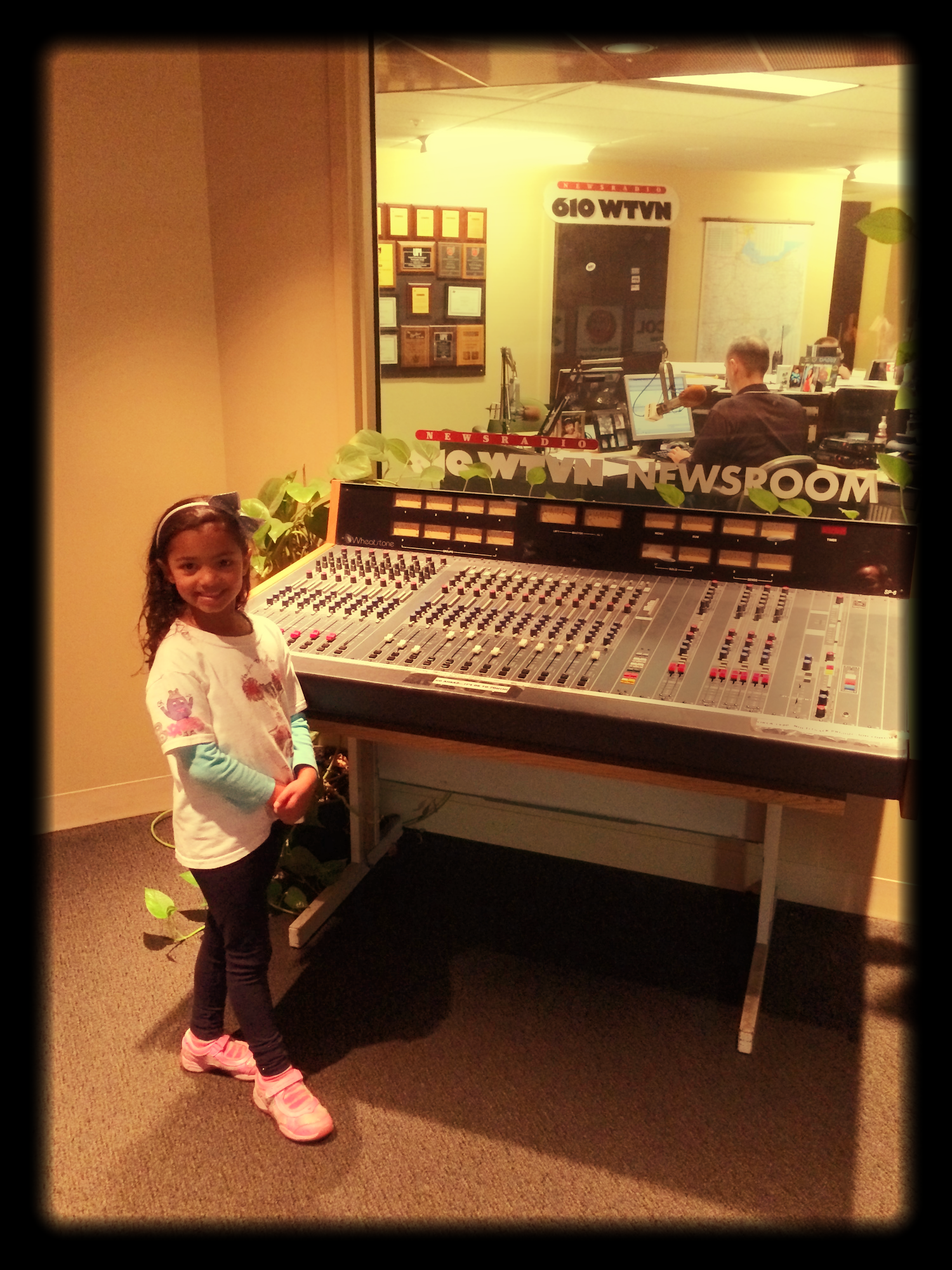 I remember listening to Bob Conners and the great Buckeye coverage at 610WTVN.  Now the passing of the torch as my daughter, Emerson checks out the vintage equipment at the 610WTVN Studio.