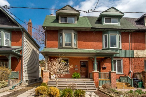 Rented! 4 apartments generating income at bloor and spadina