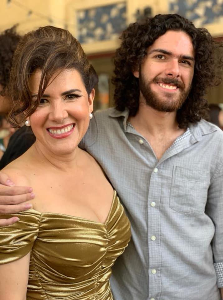 Rosalinda e Hijo.jpg