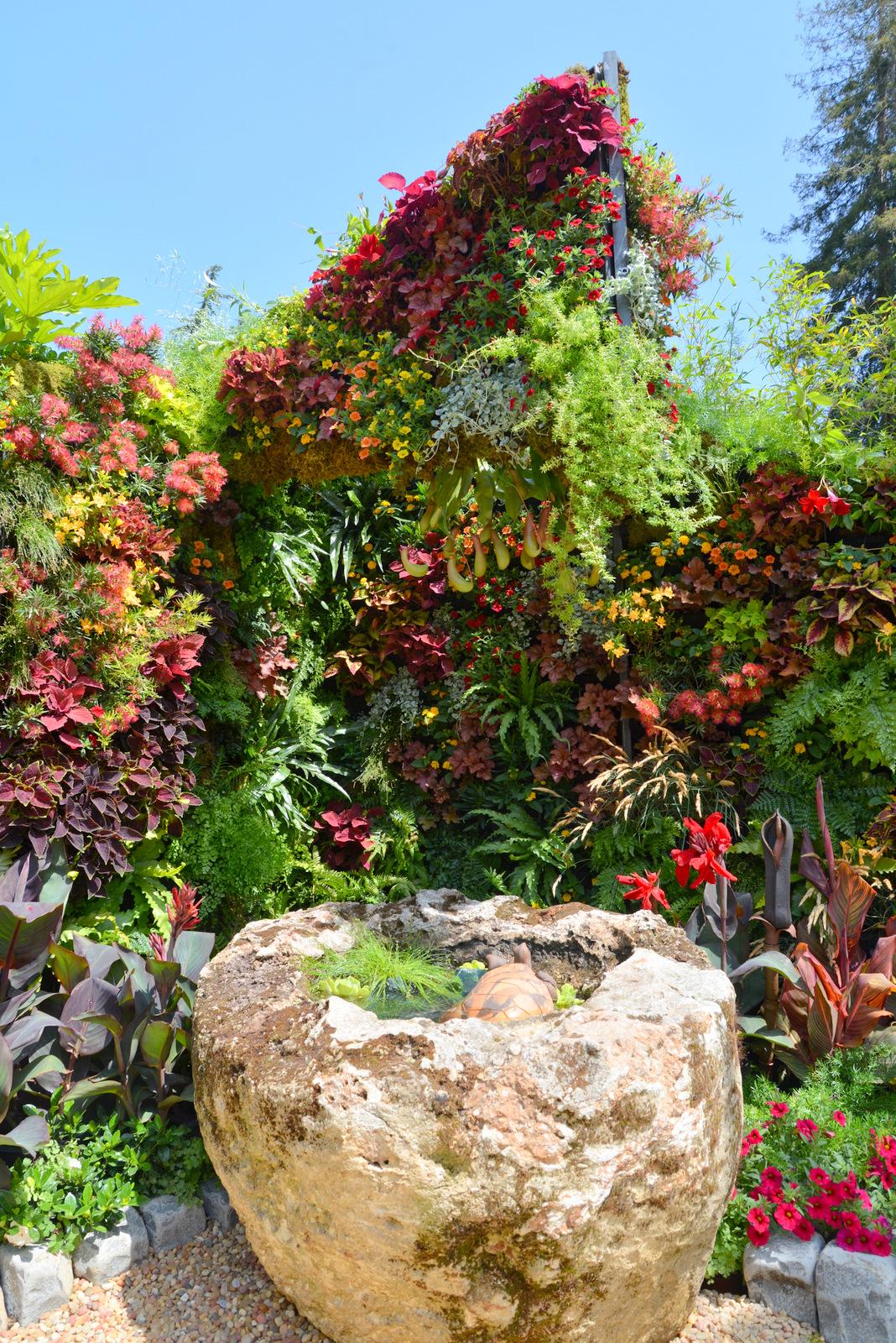 Living Architecture, Living Green Design, Davis Dalbok, Brandon Pruett, Chris Bribach, Florafelt System