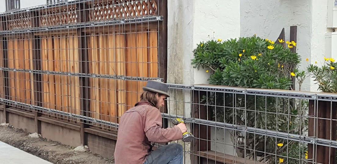 Florafelt Pro System Wire Grid Installation Planted Design San Francisco.